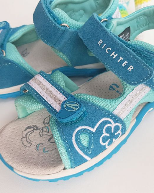 healthy sandals for kids
