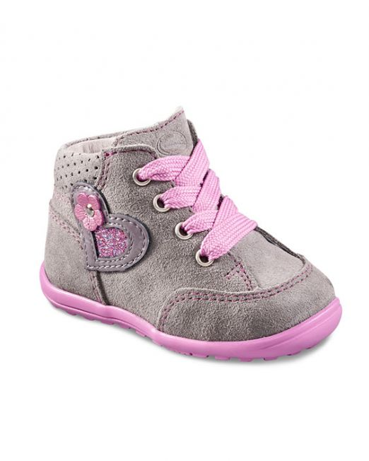 First walkers' shoes trendy