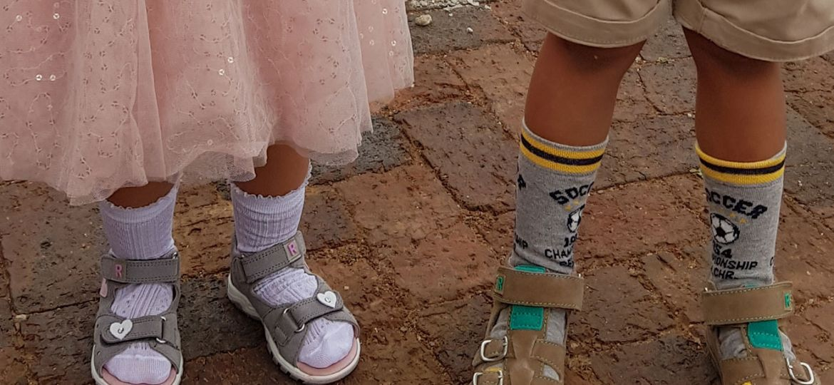 children socks and tights